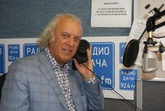 Илья Резник в студии