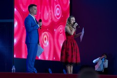 Ведущие Радио Дача Денис Левашов и Юлия Насонова