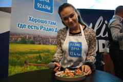 Ведущая Радио Дача Юлия Насонова