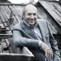 Игорь Крутой