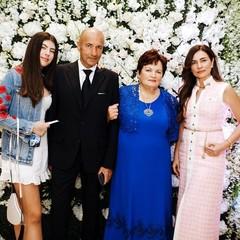 Игорь Крутой с дочкой Александрой, мамой Светланой и женой Ольгой
