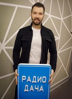 Денис Клявер в экспресс-шоу «Пятнашки»