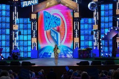 Ани Лорак на концерте Disco Дача 2015
