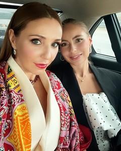 Татьяна Навка с дочерью Александрой