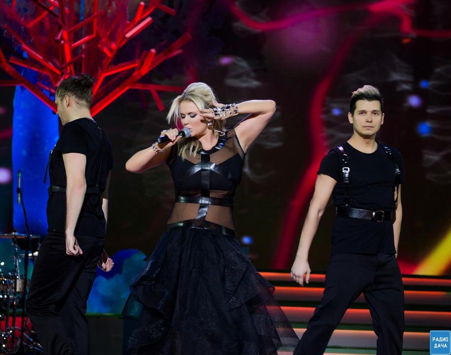 анна семенович на концерте фото
