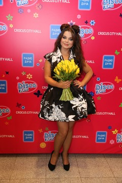 Наташа Королева на концерте Радио Дача